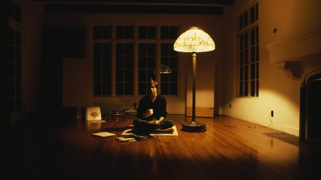 steve-jobs-at-home-1982